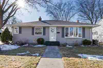 Kaukauna Single Family Home Active-No Offer: 1309 Glenview