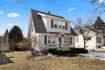 Appleton Single Family Home Active-No Offer: 1115 W Summer
