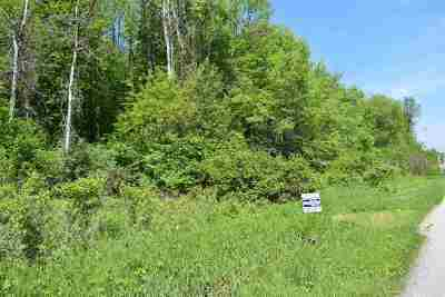 Residential Lots & Land Active-No Offer: Wood