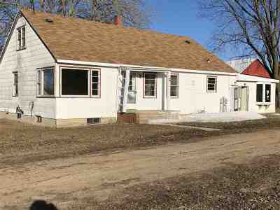 Bonduel Single Family Home Active-No Offer: N3679 Hwy 47