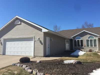 Little Chute Single Family Home Active-Offer No Bump: 1433 Ridgeview