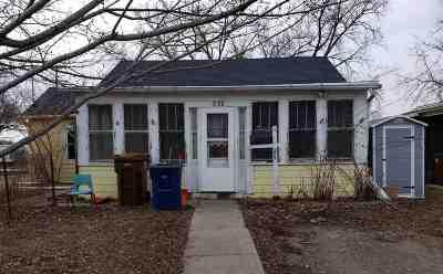 Menasha Single Family Home Active-Offer No Bump: 358 Ahnaip