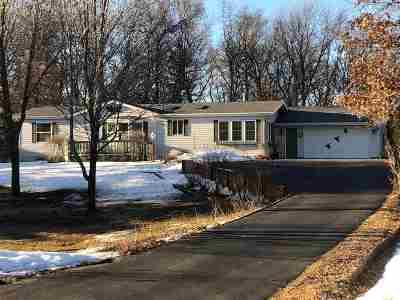Shawano Single Family Home Active-Offer No Bump: W5846 Oak Park
