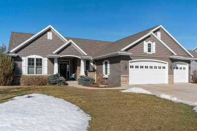 Neenah Single Family Home Active-Offer No Bump: 1388 Whispering Pines