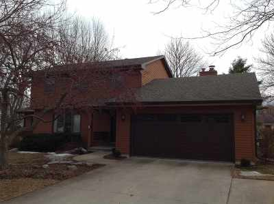 Neenah Single Family Home Active-Offer No Bump: 705 Yorkshire