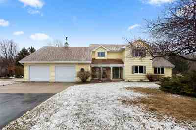 Sherwood Single Family Home Active-Offer No Bump: W4887 Spring Hill