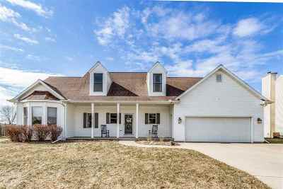 Neenah Single Family Home Active-Offer No Bump: 213 Bosworth