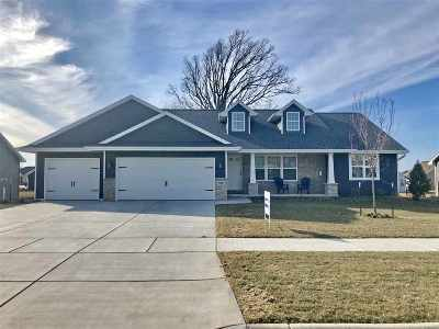 De Pere Single Family Home Active-Offer No Bump: 7781 Altmeyer