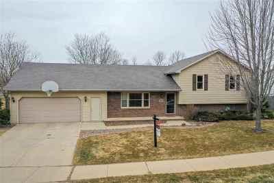 Menasha Single Family Home Active-Offer No Bump-Show: 1180 Southfield