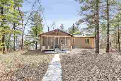 Waupaca Single Family Home Active-No Offer: W5159 N Twin Lake