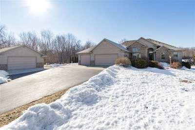 Shiocton Single Family Home Active-Offer W/Bump: W6983 Center Valley