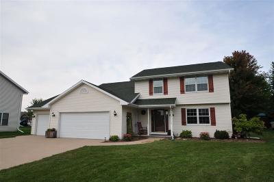 Menasha Single Family Home Active-No Offer: 2416 Red Fescue