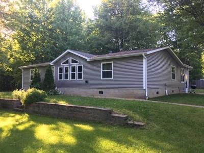 Single Family Home Active-Offer No Bump: 3965 Neighborly