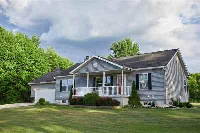 Oconto Single Family Home Active-No Offer: 106 6th