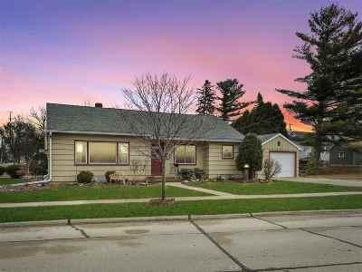 Kaukauna Single Family Home Active-Offer No Bump: 310 W Division