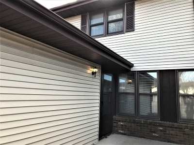 Appleton Condo/Townhouse Active-Offer No Bump: 725c S Westhaven