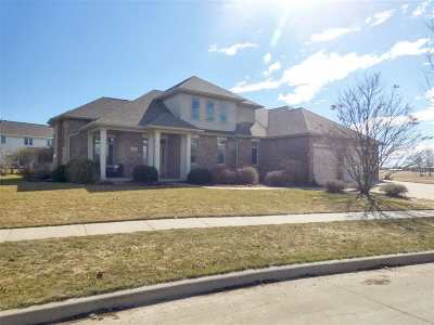 Appleton Single Family Home Active-Offer No Bump: 201 E Wentworth