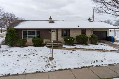 Combined Locks Single Family Home Active-Offer No Bump-Show: 133 Wallace