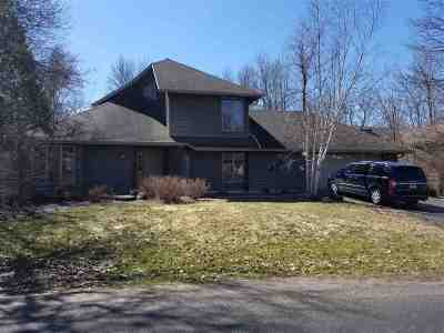 Waupaca Single Family Home Active-No Offer: 545 Timber