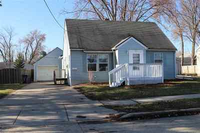 Little Chute Single Family Home Active-Offer No Bump: 325 Johnson