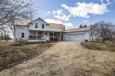 Neenah Single Family Home Active-No Offer: N313 Island