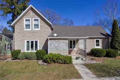 Kaukauna Single Family Home Active-Offer No Bump: 1302 Main
