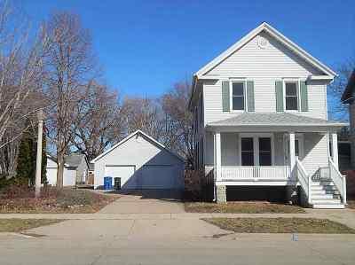 Oshkosh Single Family Home Active-No Offer: 106 Bay