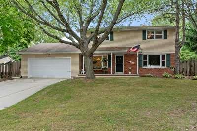 Green Bay Single Family Home Active-Offer No Bump: 161 Joan