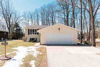 Howard, Suamico Single Family Home Active-Offer No Bump: 3259 Maple Grove