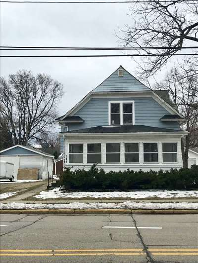Neenah Single Family Home Active-No Offer: 247 Washington