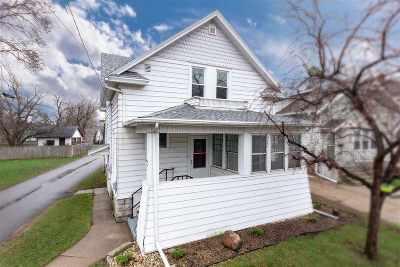 Oshkosh Single Family Home Active-No Offer: 114 Bowen