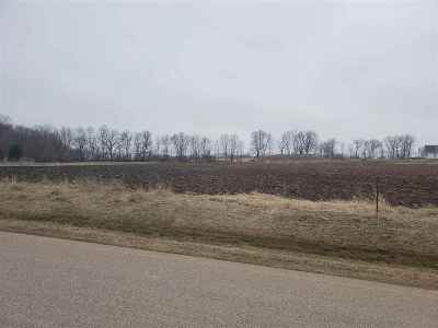 Winneconne WI Residential Lots & Land Active-No Offer: $60,000