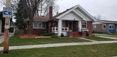 Oshkosh Single Family Home Active-Offer No Bump: 537 Oak