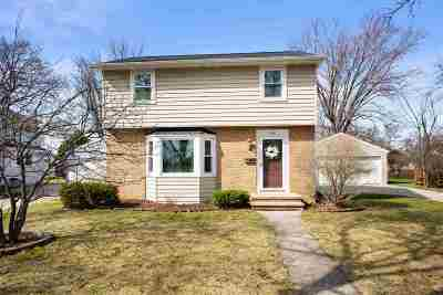 Appleton Single Family Home Active-No Offer: 1130 W Parkway
