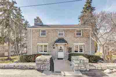 Green Bay Single Family Home Active-Offer No Bump: 2793 Nicolet