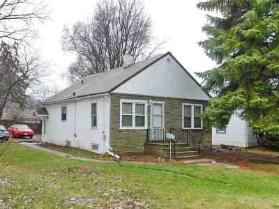 Green Bay Multi Family Home Active-No Offer: 1361 W Mason