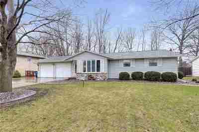 Green Bay Single Family Home Active-Offer No Bump: 2338 Nicole Ann