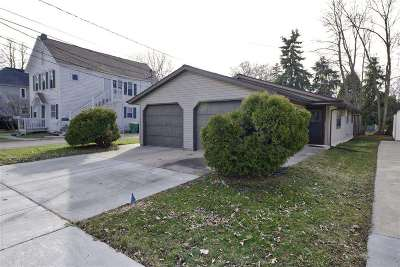 Green Bay Multi Family Home Active-No Offer: 832 S Chestnut