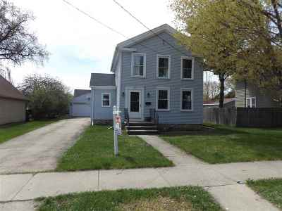 Neenah Single Family Home Active-No Offer: 333 E Doty