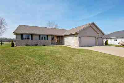 Combined Locks Single Family Home Active-Offer No Bump: 123 Kayla