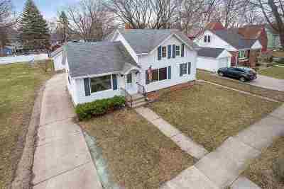 De Pere Single Family Home Active-Offer No Bump: 620 N Michigan