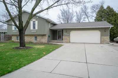 Menasha Single Family Home Active-No Offer: 1232 Grove