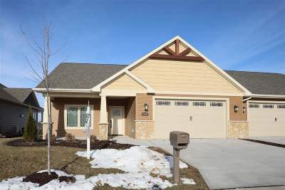 Neenah Condo/Townhouse Active-No Offer: 1335 Prairie Lake