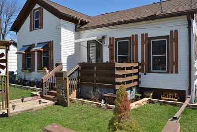 Oshkosh Single Family Home Active-Offer No Bump: 812 Mt Vernon