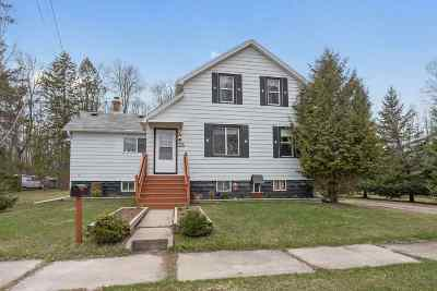 Oconto Single Family Home Active-Offer No Bump: 1719 Park