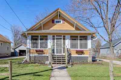 Menasha Single Family Home Active-Offer No Bump: 373 Nassau