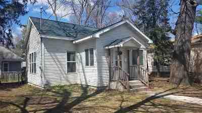 Waupaca Single Family Home Active-Offer No Bump: 405 N Washington