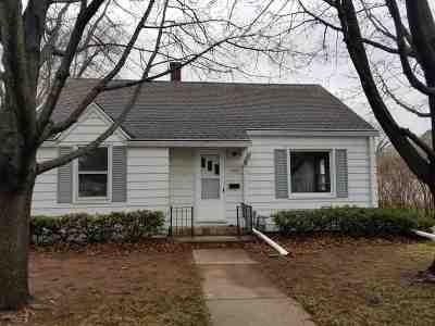 Oshkosh Single Family Home Active-Offer No Bump: 1935 Minnesota