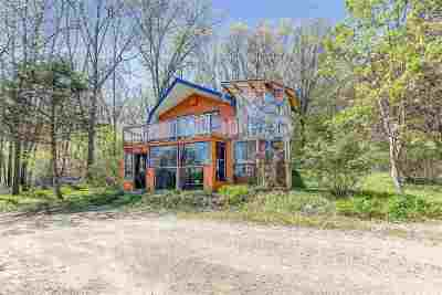 Waupaca Single Family Home Active-Offer No Bump: E3106 Bunker