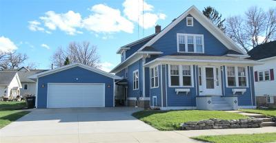 Oshkosh Single Family Home Active-Offer No Bump: 915 E Parkway